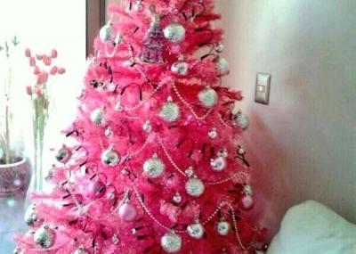 Luli love y su rbol de navidad rosa el boyaldia - Arboles de navidad rosa ...